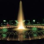 bibione-fontana-notte